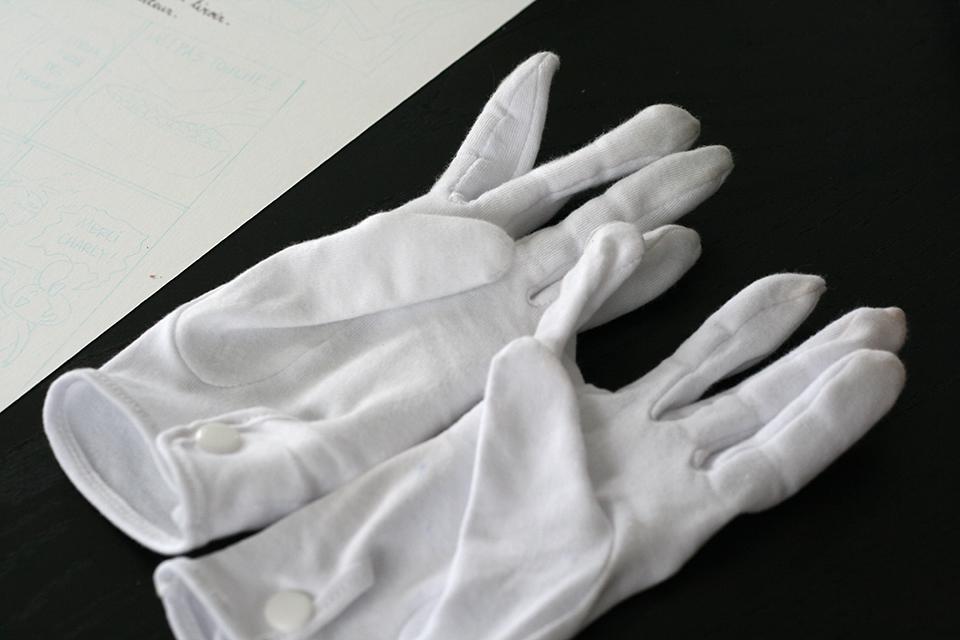 gants pour le dessin sans transpiration