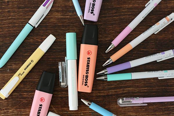 test couleurs pastel